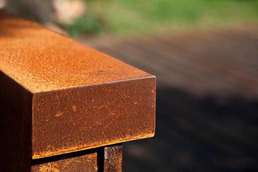 Acciaio Corten: pro e contro della lega di acciaio
