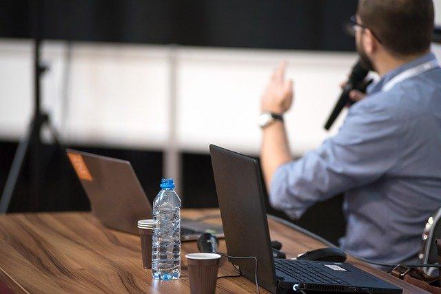 Consigli per preparare un discorso efficace in pubblico